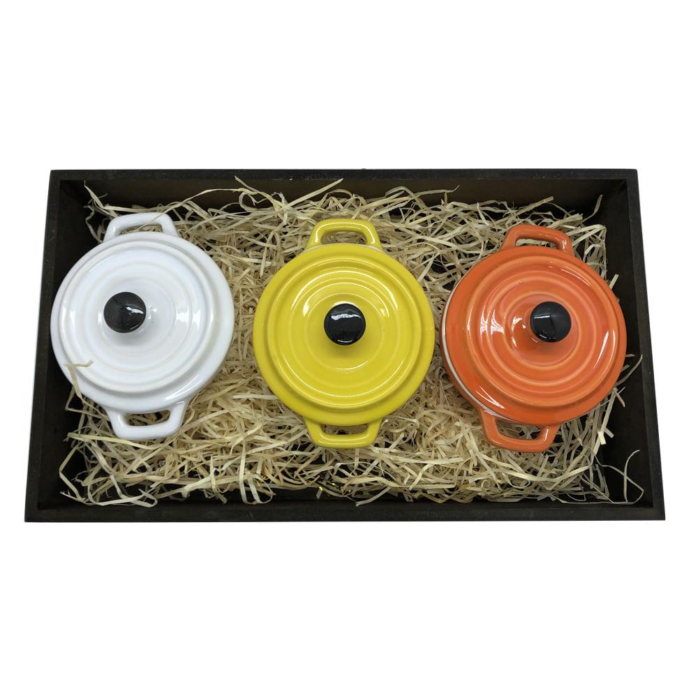 Panelinhas Amarela, Branca, Laranja de Porcelana com Bandeja rustica